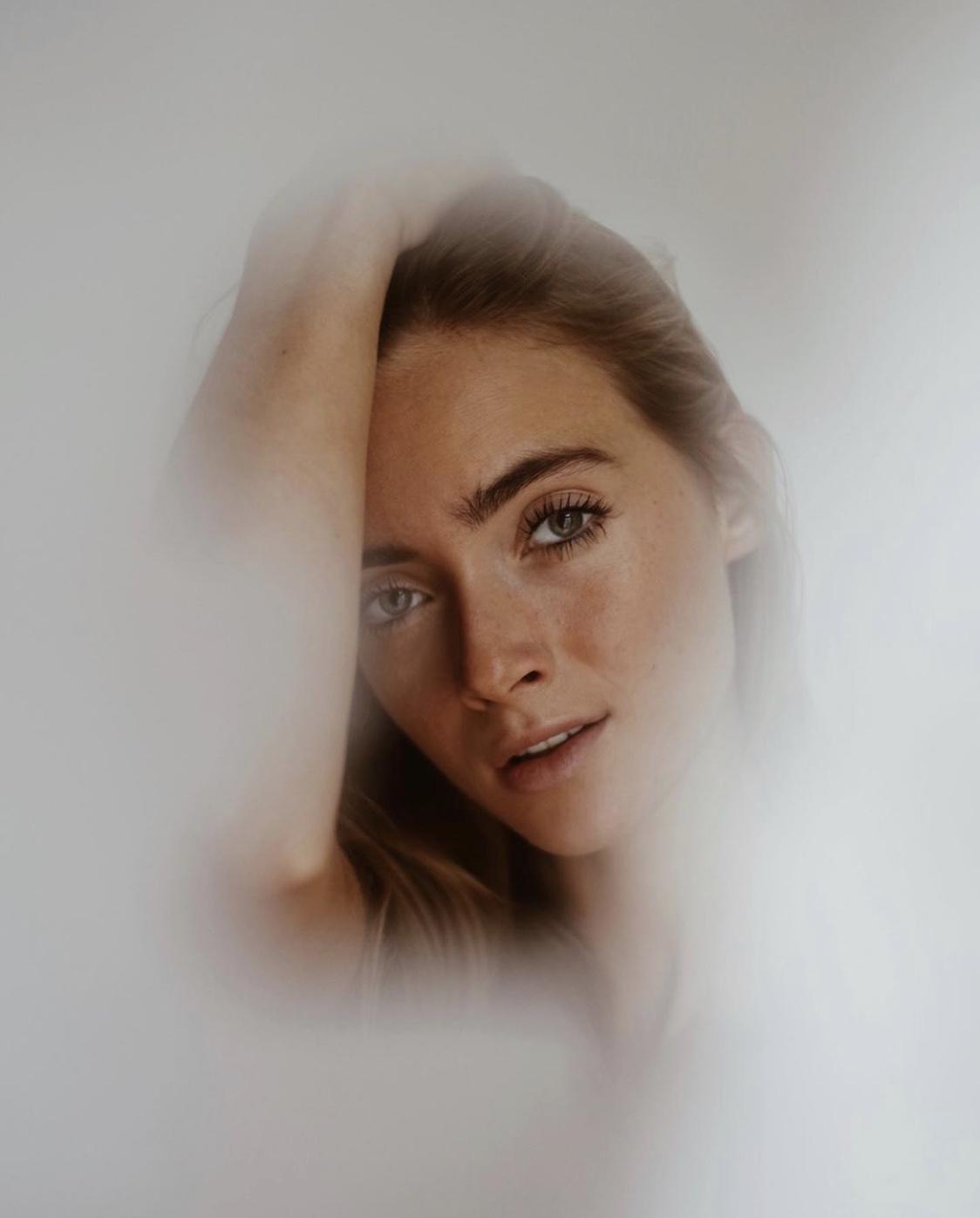 By-Simone-Stocker_Blossome-Podcast-Self Love_Jiliciousjourney_Jil Zeletzki