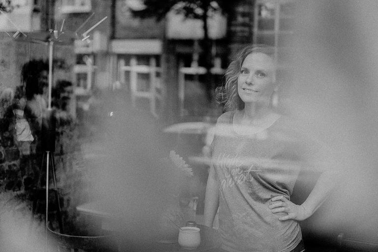 By-Simone-Stocker_Blossome-Podcast-Self Love_Coaching_Sara Heinen